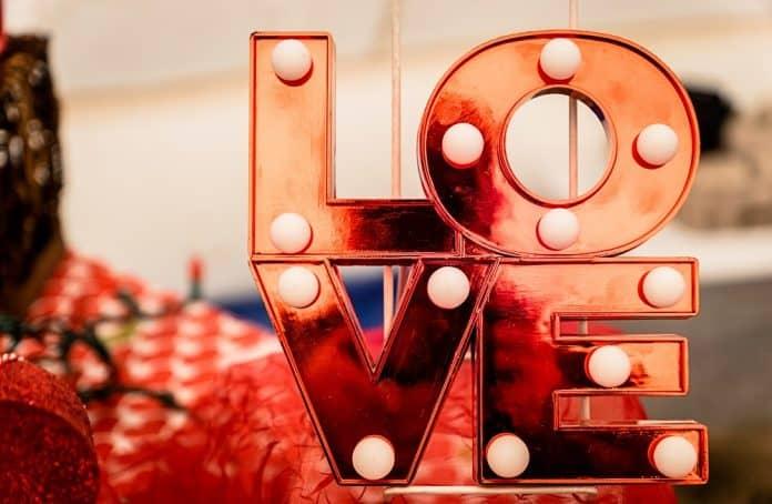 Comment reconnaître un homme amoureux