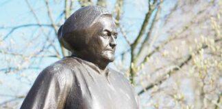 statue de Clara Zetkin